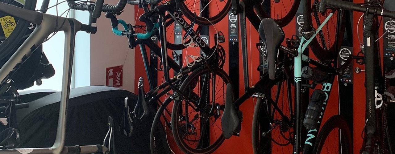 Bicycle cellar Eolo Hotel